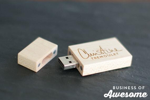 Custom Wood Engraved USB Flash Drives